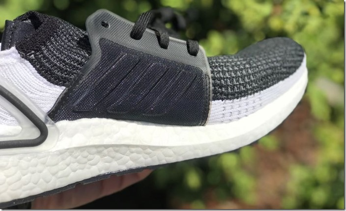 adidas-ultra boost 19-laterale-min