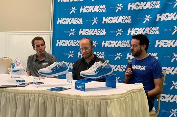 Hoka-one-one-carbon-X-conferenza-stampa