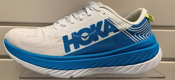 Hoka-one-one-carbon-X-vista-anteriore